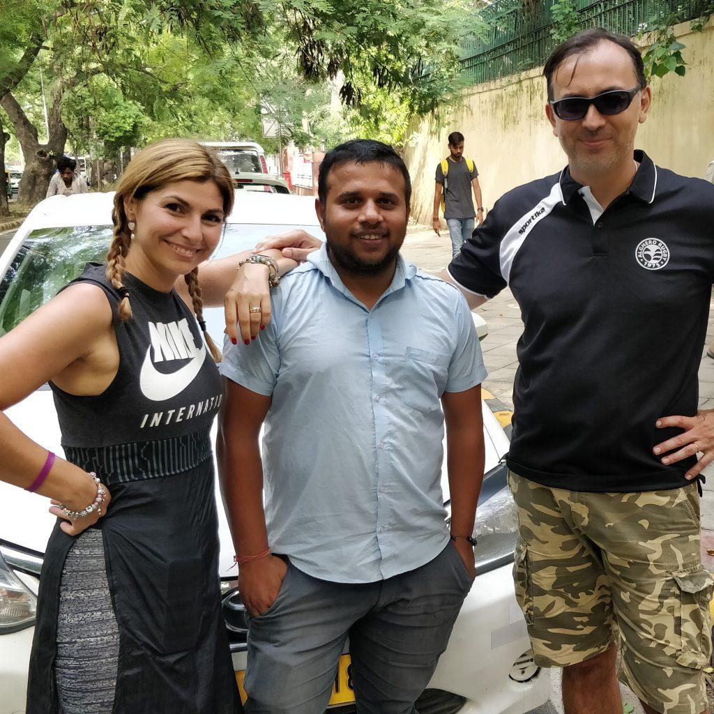 Auto Con Autista in India